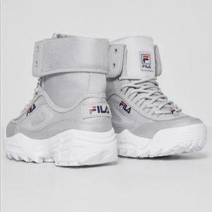NEW Fila Women's Disruptor Ballistic Boots Grey